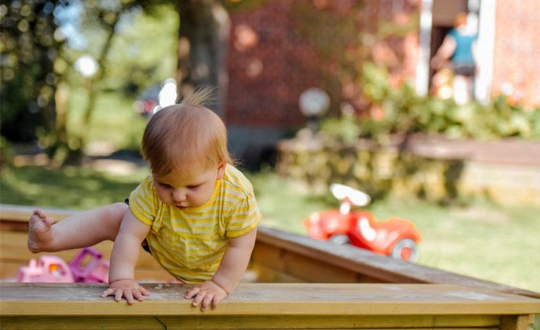 چگونه استقلال کودک را تقویت کنیم؟