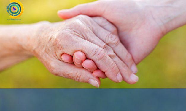 اهمیت مراقبت از سالمندان